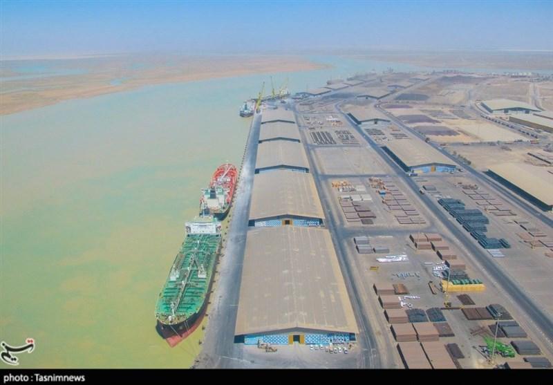 پهلوگیری ۱۱ فروند کشتی حامل کالاهای اساسی در بندر امام خمینی(ره)/ ۷۳۶ هزار تن گندم وارد ایران شد