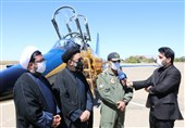 نخستین هواپیمای بمبافکن کوثر در پایگاه شهید فکوری به زمین نشست