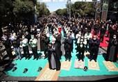 اقامه نماز ظهر عاشورا در قزوین به روایت تصاویر