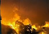 آتشسوزی گسترده در سوله بزرگ مبلسازی + فیلم و تصاویر