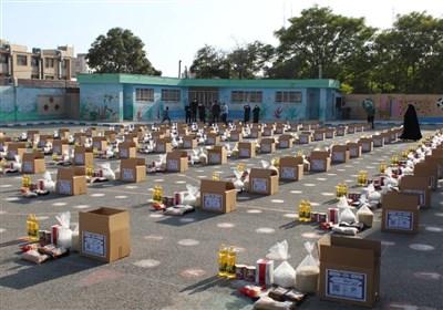 عاشورایی متفاوت برای مرکز نیکوکاری شهدای مدافع حرم/ توزیع ۱۱۰ بسته حمایتی بین نیازمندان