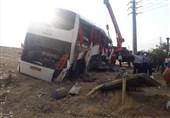 واژگونی اتوبوس در محور میامی به سبزوار/17 مسافر مجروح شدند