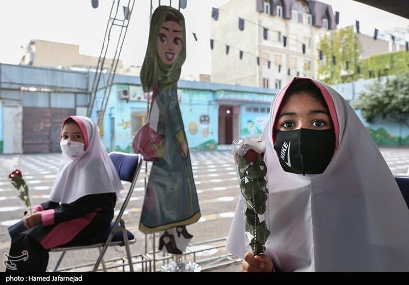 """4 دانشآموز در استان البرز به کرونا مبتلا شدند/ تأثیر بازگشایی مدارس بر آغاز """"موج سوم"""" بیماری"""