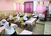 ابتلای 12 دانشآموز به کرونا در همدان/ زنگ انتقال کرونا از مدرسه به خانه زده شد