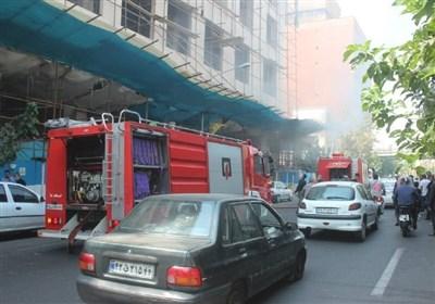 """""""یونولیت"""" عامل وقوع آتشسوزی در ساختمان ۱۰ طبقه خیابان سمیه + تصاویر"""