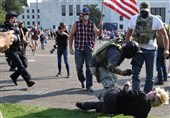 Trump Supporters Clash with Anti-Racism Protesters in Oregon's Capital (+Video)