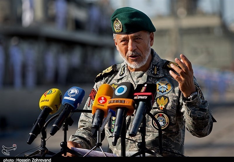 All Capacities of Iran's Army Mobilized to Fight Coronavirus: Commander