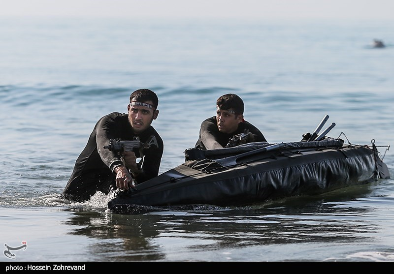 Iranian Forces Exercise Amphibious Offense in War Game