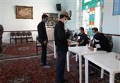 رعایت دقیق شیوهنامههای بهداشتی در شعب اخذ رای غرب گلستان + فیلم