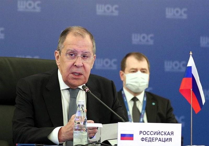"""لاوروف: تبعیض علیه روسها در برخی کشورهای اروپایی """"آپارتاید قرن 21 """" است"""