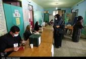 حضور پرشور مردم غرب گلستان در پای صندوقهای رای با رعایت کامل پروتکلهای بهداشتی+تصاویر