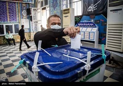 آخرین اخبار انتخابات ۱۴۰۰| از دیدارهای انتخاباتی عارف تا احتمال همگرایی شورای وحدت و شورای ائتلاف