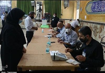 انتخابات فقط در یک حوزه تا ساعت ۲۰ تمدید شد