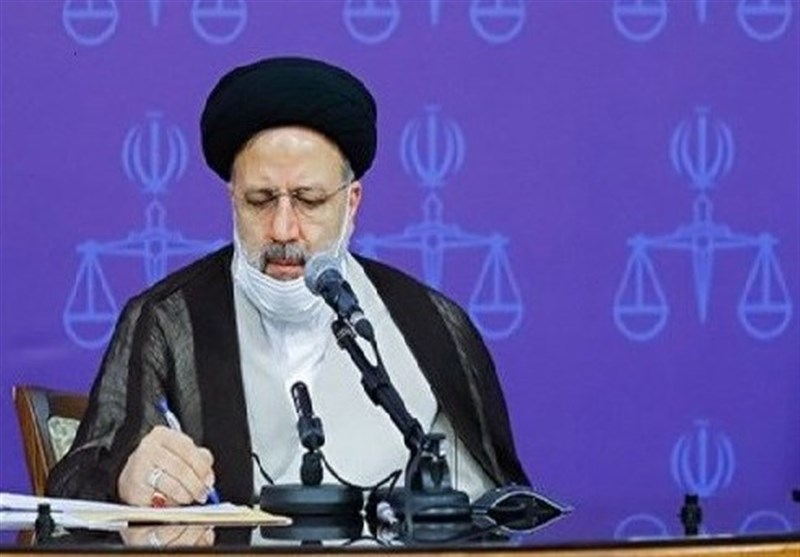 Top Judge Brands Sanctions on Iran, Syria as Crime against Humanity