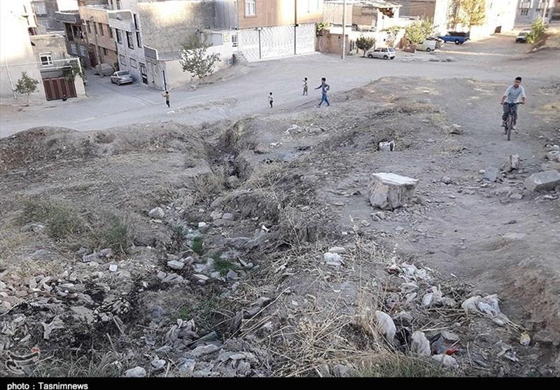 """گزارش  ساکنان """"شهرک مولوی"""" سنندج محروم از فضای سبز و پارک/ وعدهای که بعد از 20سال محقق نشد+تصاویر"""