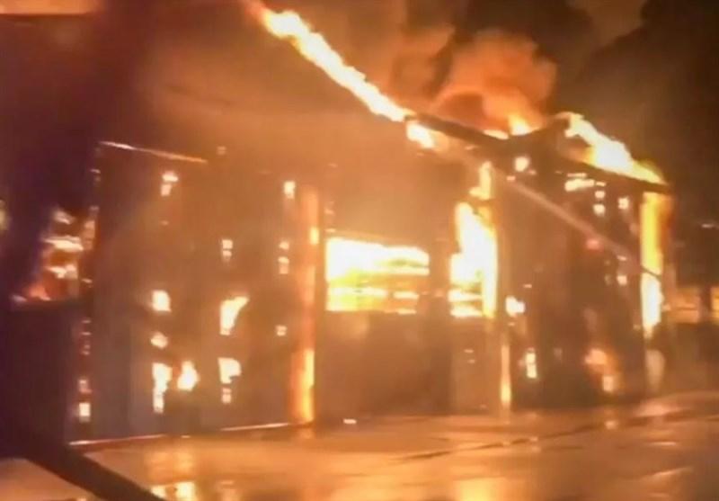 Explosions Spark Huge Fire in Italian Port, No Casualties