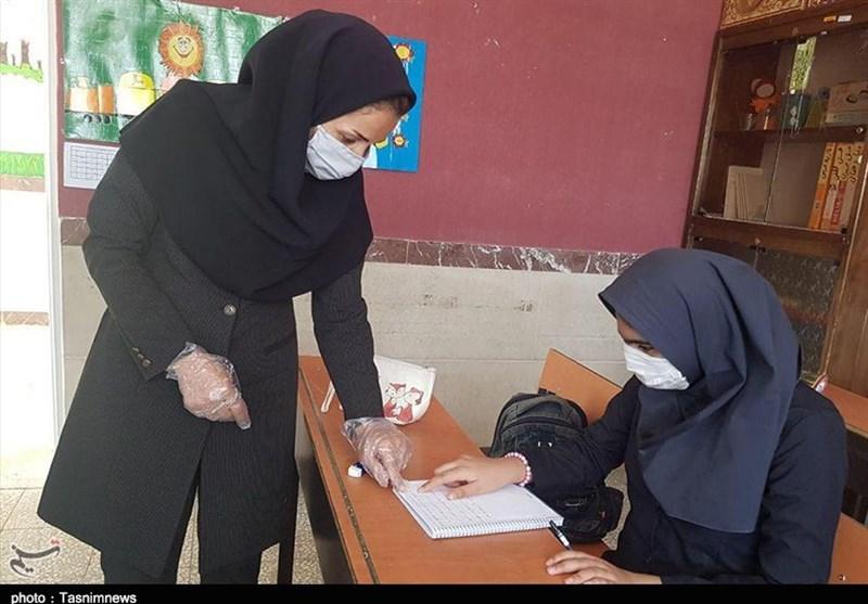 وزیر بهداشت: بازگشایی مدارس و دانشگاهها منوط به روند واکسیناسیون کروناست