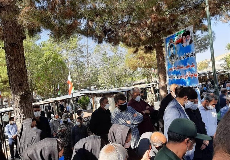 کرمانشاه |پیکر مطهر شهید «خیرالله ابریشمی گرامی» بعد از 40 سال در زادگاهش آرام گرفت