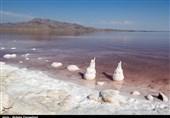 حجم دریاچه ارومیه همچنان رو به کاهش است
