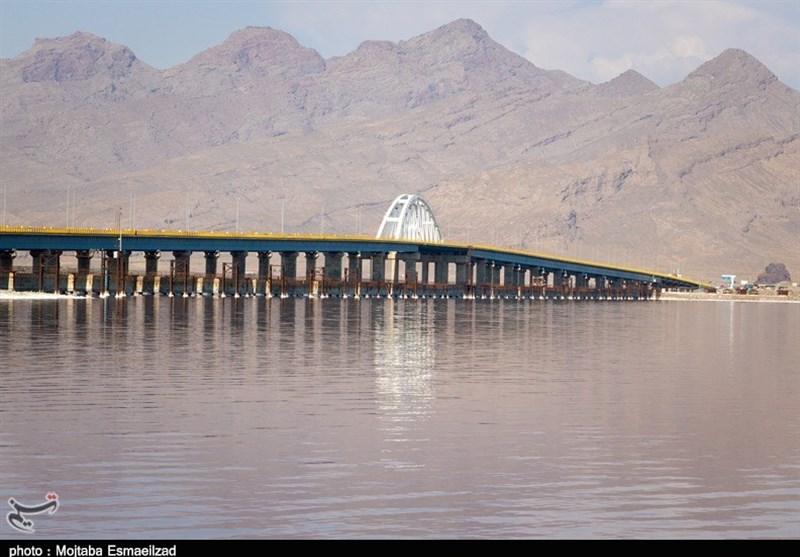 حال ناخوش بزرگترین دریاچه آب شور خاورمیانه/ آیا دریاچه ارومیه به حیات دوباره نزدیکتر میشود؟