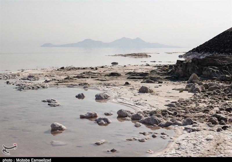 روند کاهشی تراز دریاچه ارومیه همچنان ادامه دارد