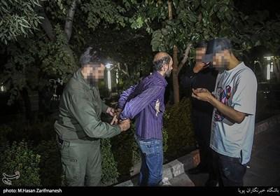 عملیات شبانه دستگیری توزیع کنندگان مواد مخدر