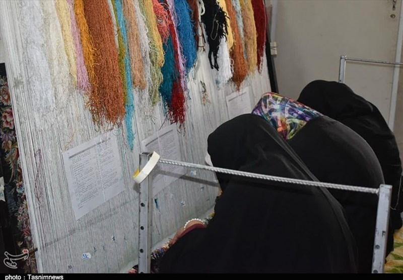 زنان خانهدار، قالیباف، دانشجو و هنرمند بیمه میشوند