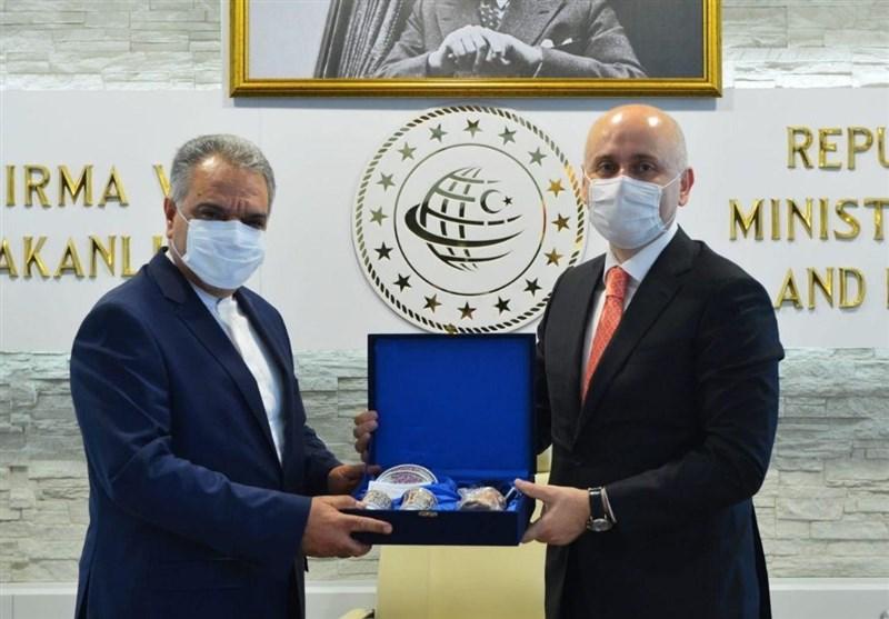 Iran, Turkey Discuss Ways to Boost Transportation Cooperation