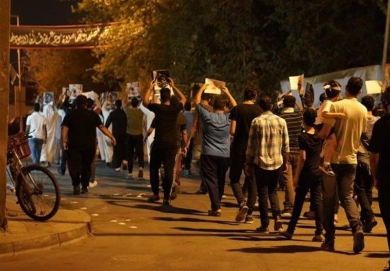Bahrainis Rally against Normalizing Ties with Israel on 6th Consecutive Night of Protests (+Video)