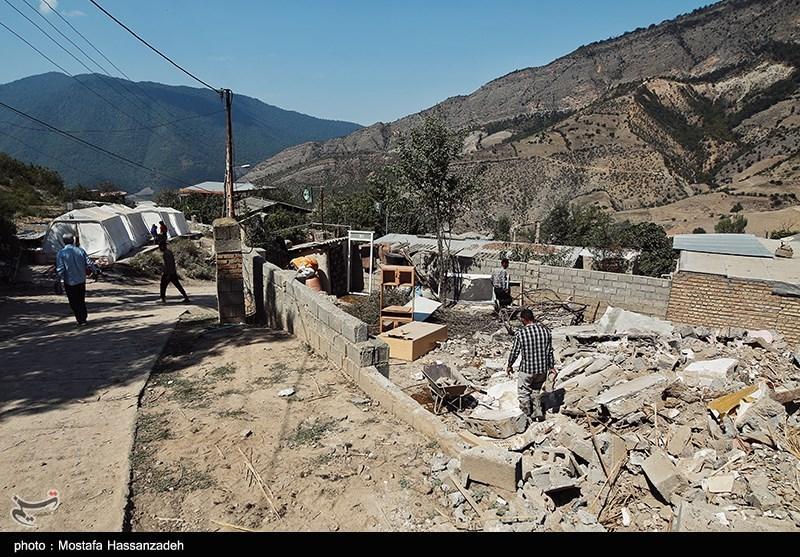 تخریب 135 واحد مسکونی در اثر زلزله مراوه تپه/بازسازی خانهها از امروز آغاز میشود