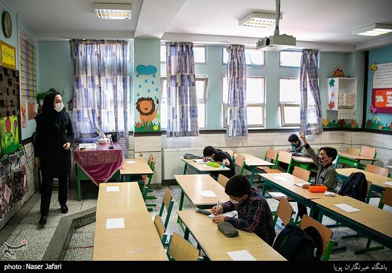 کلاس درس همراه با کرونا