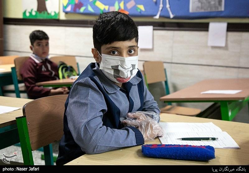 10 روز گذشته هیچ دانشآموز اردستانی به کرونا مبتلا نشده است/حضور اختیاری دانشآموزان سر کلاس