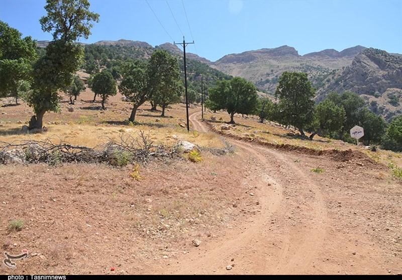 روستای «قنات بهرامی بیگی» از امکانات و زیرساختهای اولیه محروم است