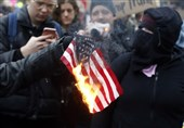 Protesters Torch US Flag during Portland Demonstrations (+Video)