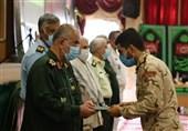 سربازان نمونه نیروهای مسلح استان بوشهر تجلیل شدند