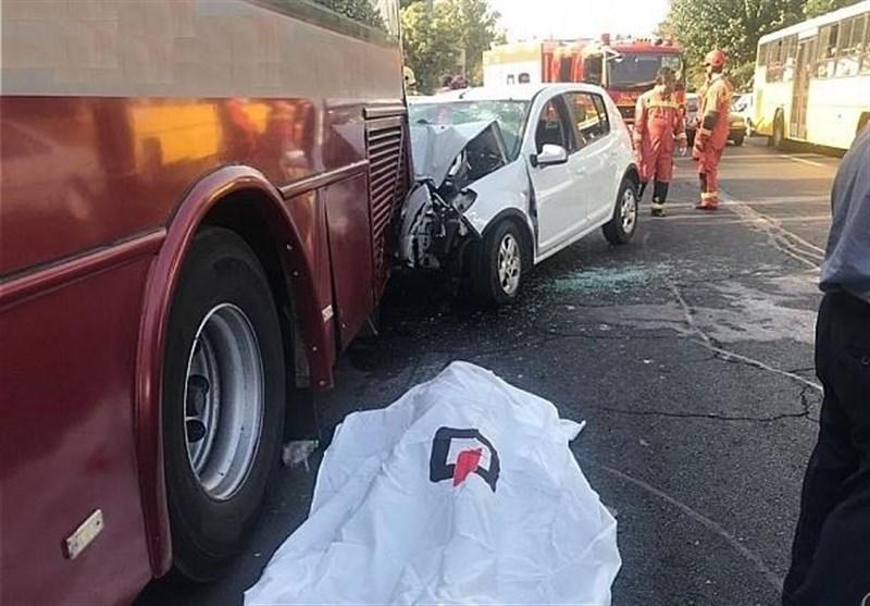 تصادف مرگبار ساندرو با اتوبوس در شمال تهران+ تصاویر