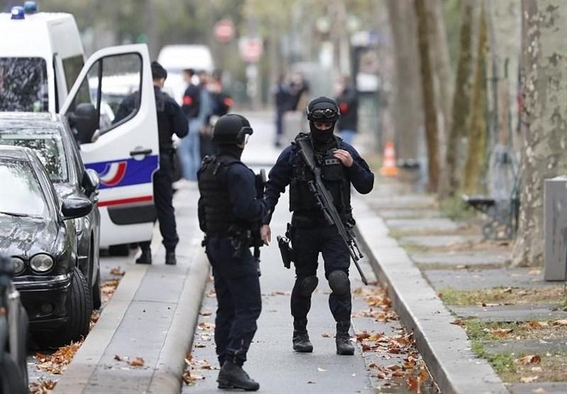 حمله مسلحانه نزدیک دفتر سابق نشریه هتاک فرانسوی+فیلم