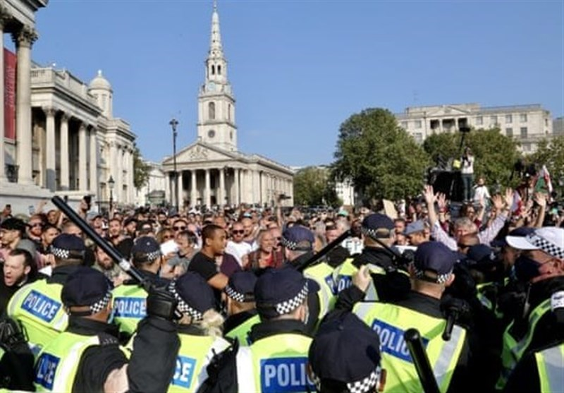 London Lockdown Protesters Urged to Follow COVID Rules