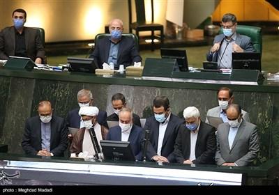 مراسم تحلیف 10 منتخب جدید مجلس یازدهم که در انتخابات مرحله دوم به مجلس شورای اسلامی راه یافتند