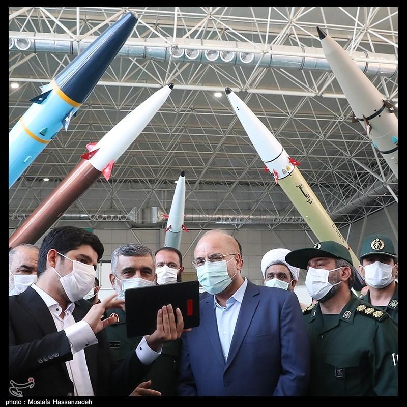 محمدباقر قالیباف رئیس مجلس در مراسم افتتاح نمایشگاه دائمی توانمندی های راهبردی نیروی هوافضای سپاه (پارک ملی هوافضا)
