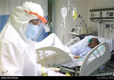 معاون وزارت بهداشت: کمتر از یک پرستار به ازای هر تخت بیمارستانی داریم