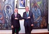 وزیر خارجه پاکستان: همزمان با مذاکرات صلح در افغانستان باید مانع فعالیت تروریستها شد