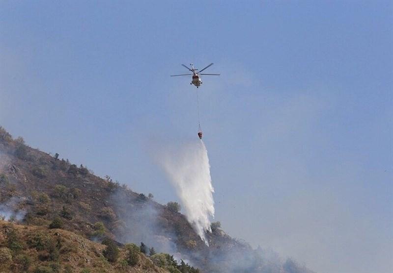 حضور 5 بالگرد وزارت دفاع در عملیات اطفاء حریق منطقه فیروزآباد شیراز