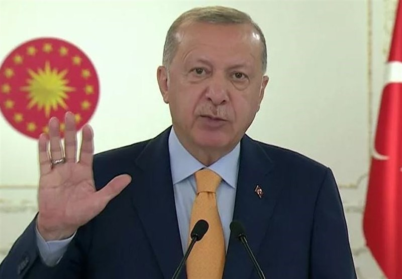 اردوغان خطاب به مردم ترکیه: به هیچ وجه کالاهای ساخت فرانسه را نخرید