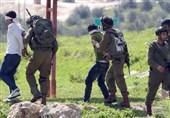 حمله نظامیان صهیونیست به کرانه باختری؛ 14 فلسطینی بازداشت شدند