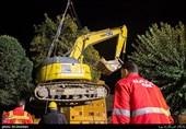 تصاویر| لحظه کشف اجساد در حادثه ریزش آوار خیابان فلاح