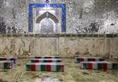مدافعان حرم حضرت زینب (س) به زیارت امام رضا (ع) رفتند / طواف شهدای خان طومان در حرم رضوی + تصاویر