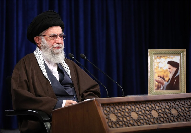 امام خامنهای: فشار حداکثری را به روسیاهی حداکثری آمریکا تبدیل میکنیم/ ترسوها اسم عقلانیت را نیاورند
