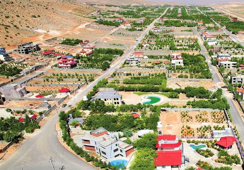 ساخت غیرمجاز 1650 قطعه در شهر صدرا؛ کوهخواریها نتیجه دیدگاه انتفاعی به صدرا است