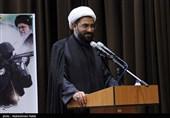 امام جمعه همدان: نیروی انتظامی مظهر قانونگرایی و دفاع از قانون است